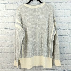 Two by Vince Camuto Sweaters - Two by Vince Camuto Grey Cozy Sweater - XL